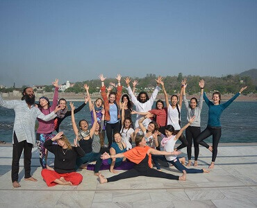 yoga-school-in-rishikesh-india